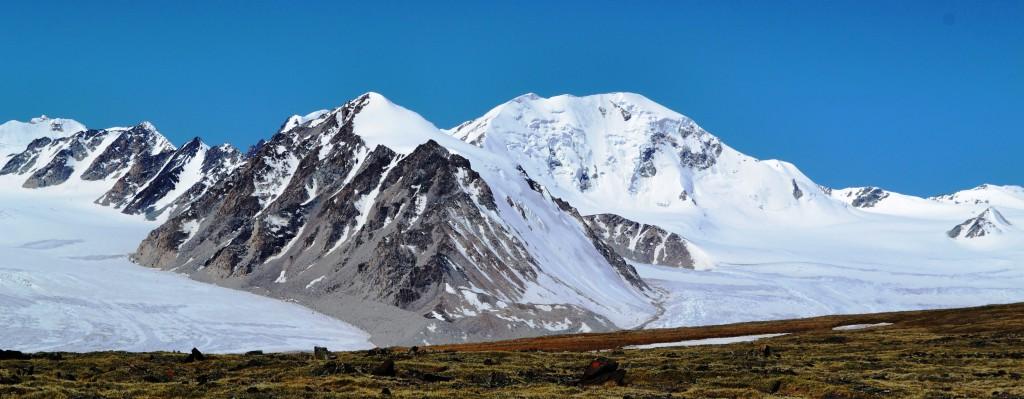 Alpinisme dans l'Altai Tavan Bogd